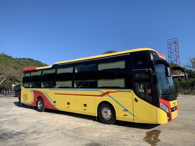 Nhà xe Quang Hạnh