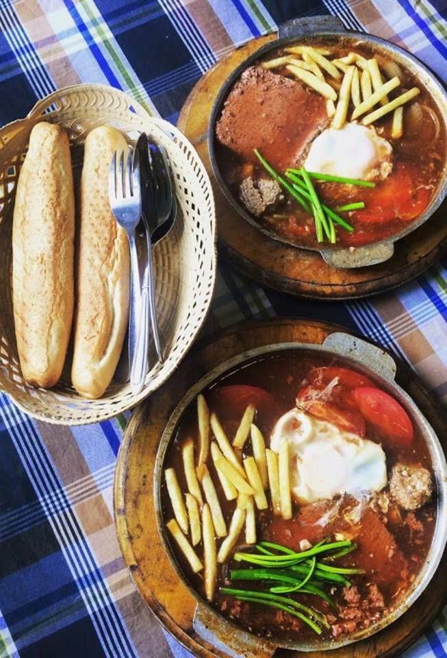 Tiệm Cô Thìn - Bánh Mì & Xôi