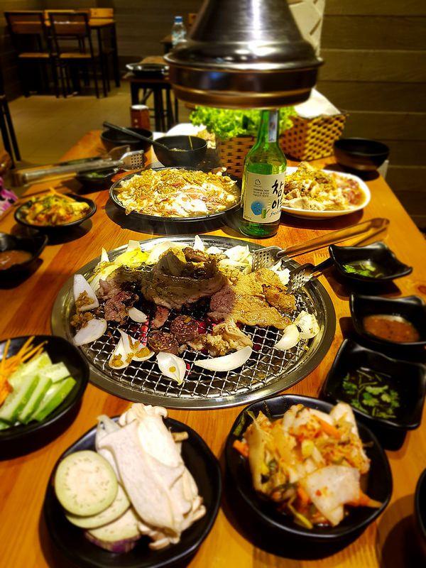 Toji BBQ House - Lẩu & Nướng Hàn Quốc