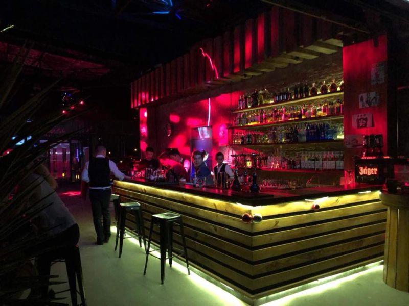 Skye Bar Phú Quốc