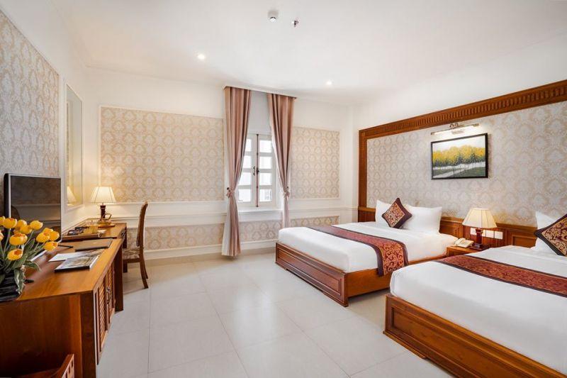 Riverside Hotel Quảng Bình