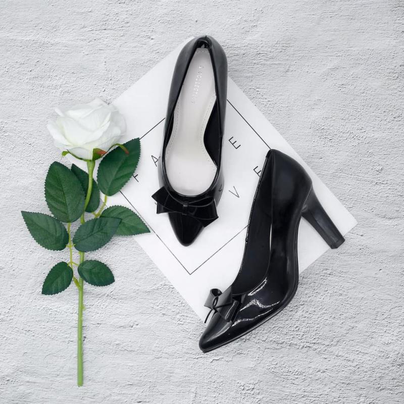 Giày Hà Linh