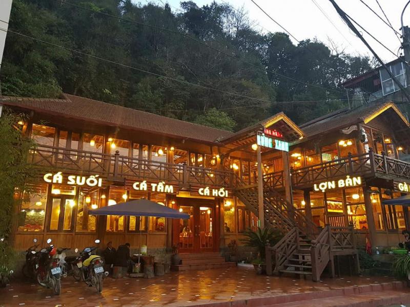 Nhà Hàng Rừng Xanh