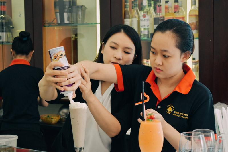 Trường trung cấp Du lịch và Khách sạn Saigontourist