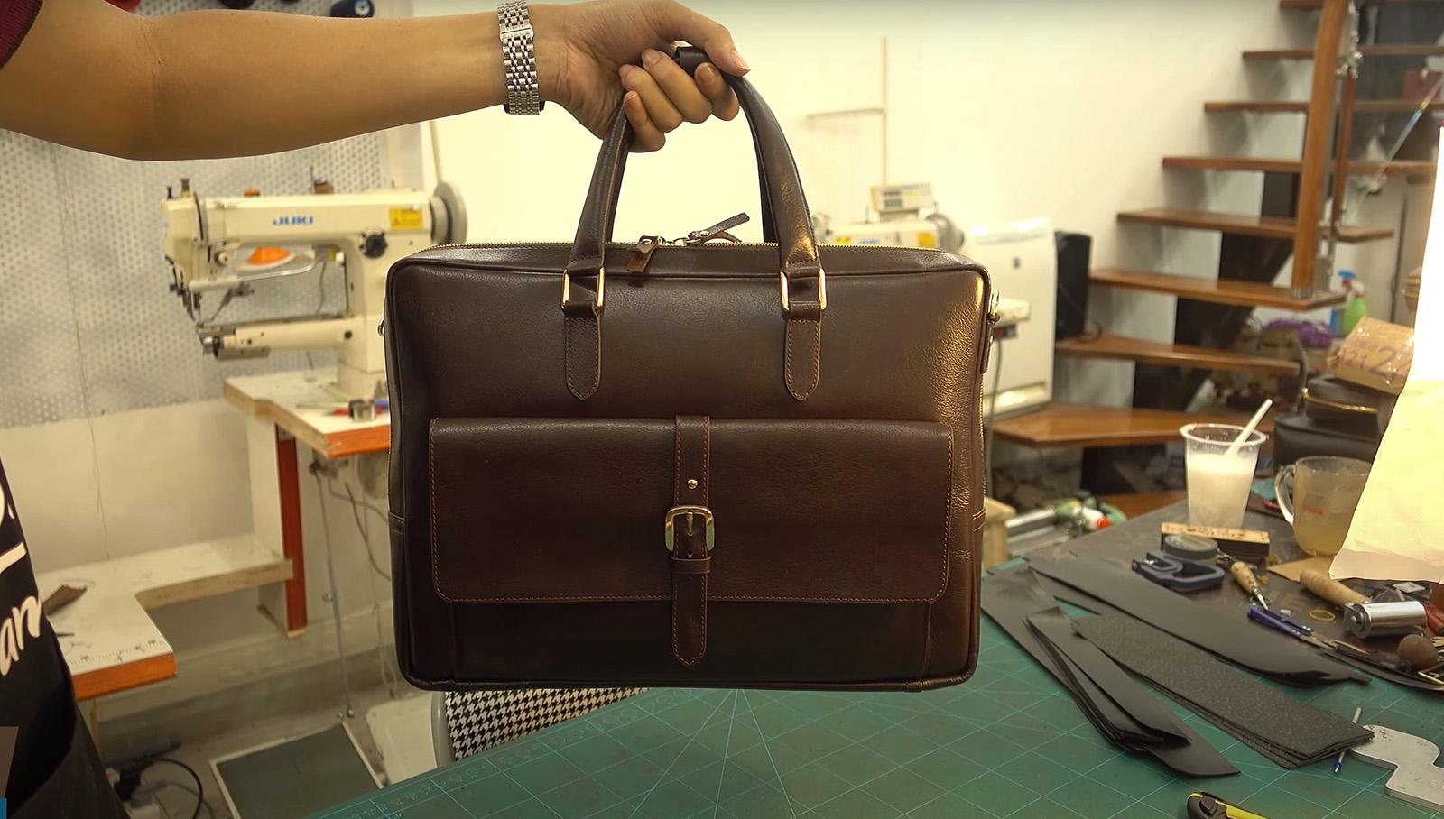 Túi xách da thật thường có nguồn gốc, xuất xứ rõ ràng