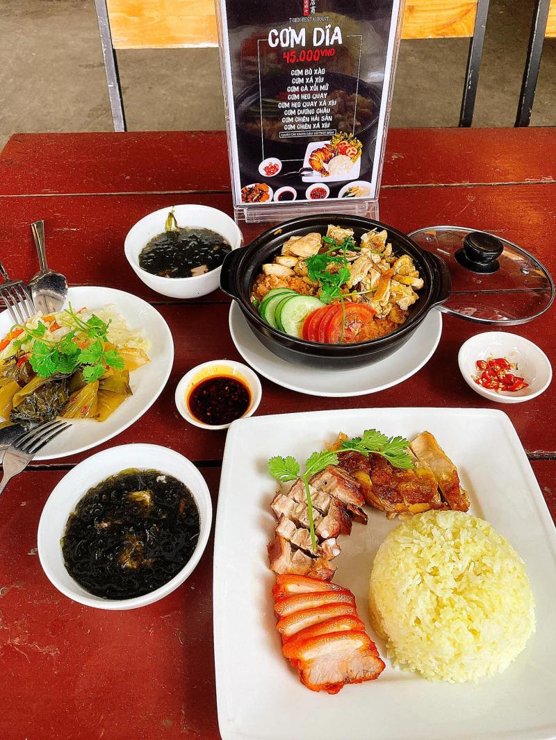 7 Hên Restaurant