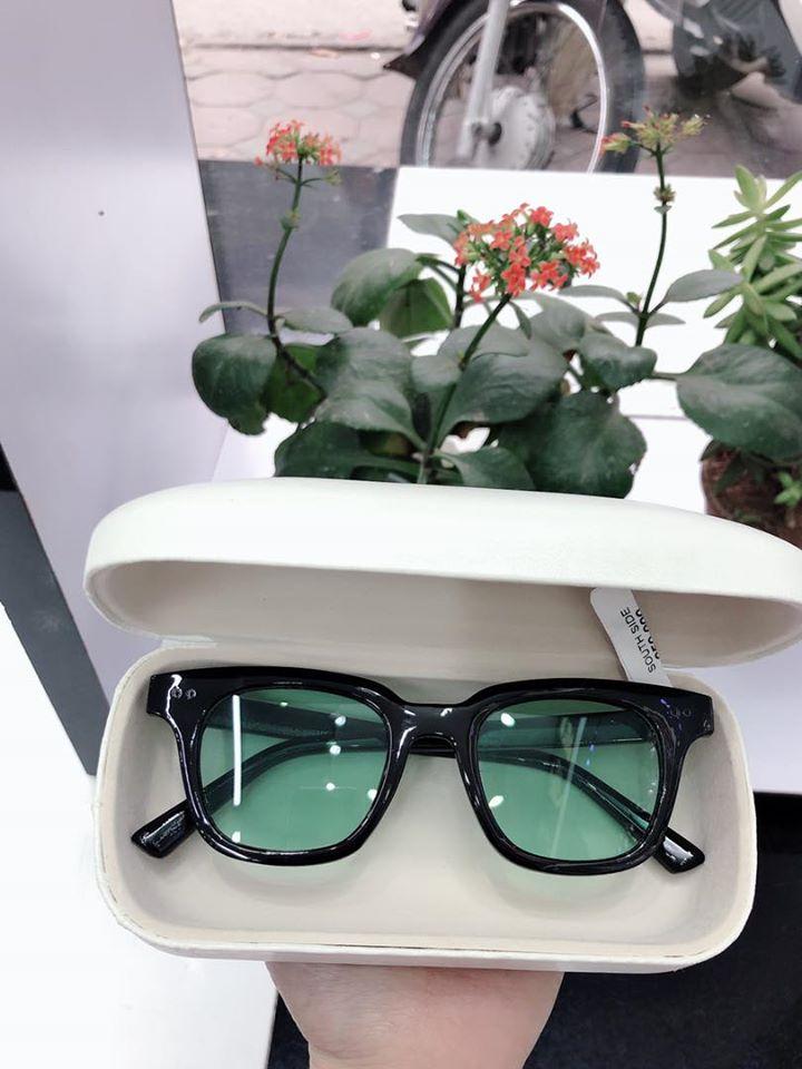 Siêu thị kính mắt UNI
