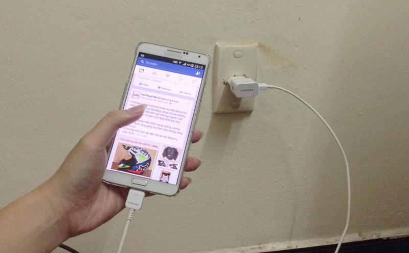 Dấu hiệu nghe lén điện thoại di động: Chú ý nhiệt độ của pin