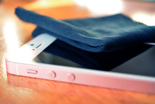 Điện thoại di động là món đồ nội thất trong nhà bẩn hơn bồn cầu 10 lần