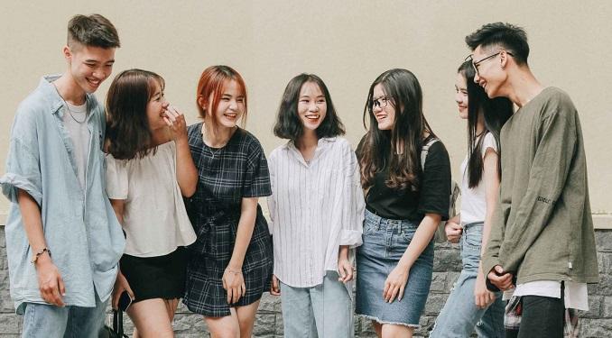 Bài văn nghị luận về trang phục của giới trẻ hiện nay số 5
