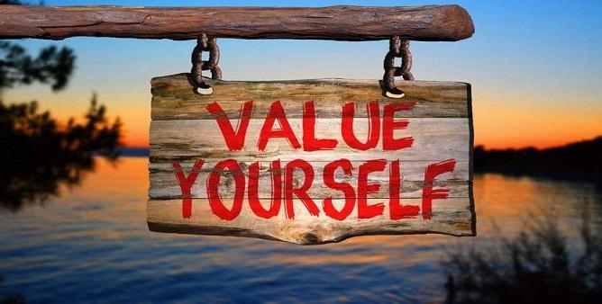 Bài văn nghị luận xã hội về giá trị của bản thân số 9