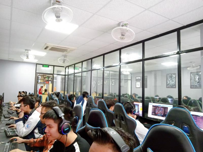 KOW Gaming Center - Nguyễn Trãi