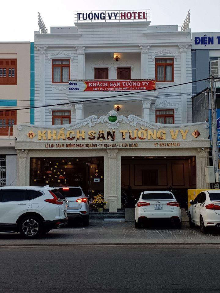 Khách sạn Tường Vy