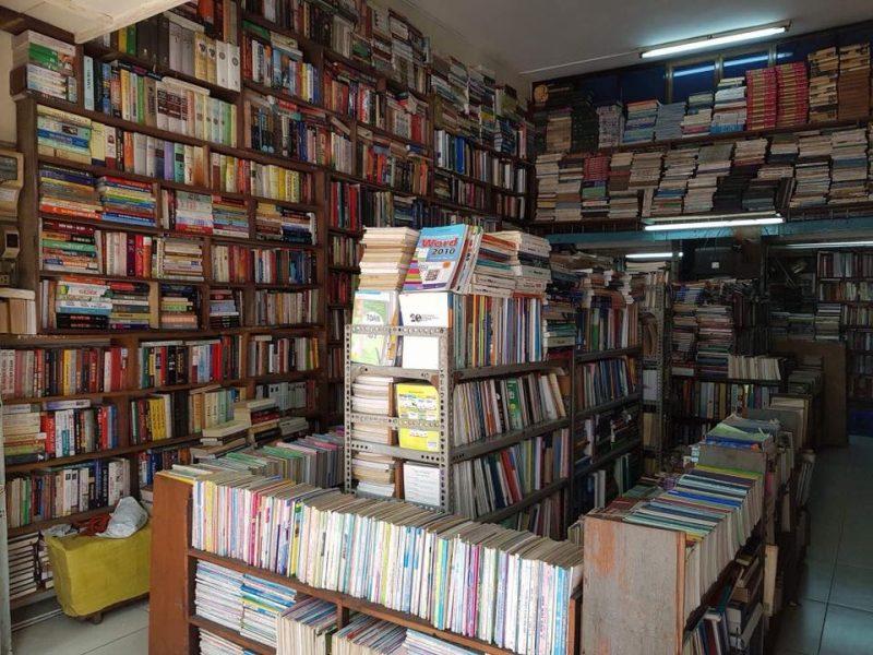 Nhà Sách Bưu Điện