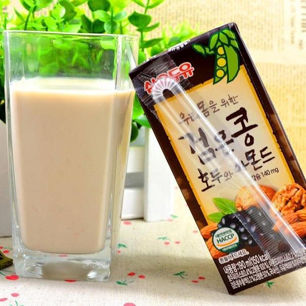 Sữa Óc Chó Hàn Quốc Hạnh Nhân Đậu Đen