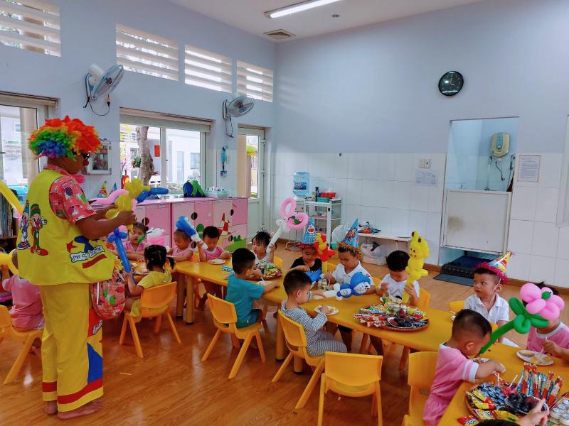 Trường mầm non Hạnh Phúc