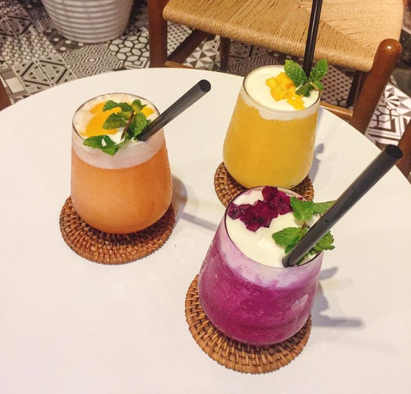 ALITA drink & food 1