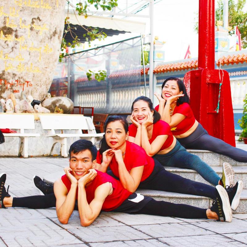 Hatha Yoga Loan Nguyen