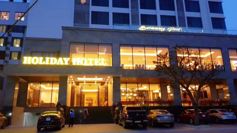 Khách sạn Holiday Cửa Lò