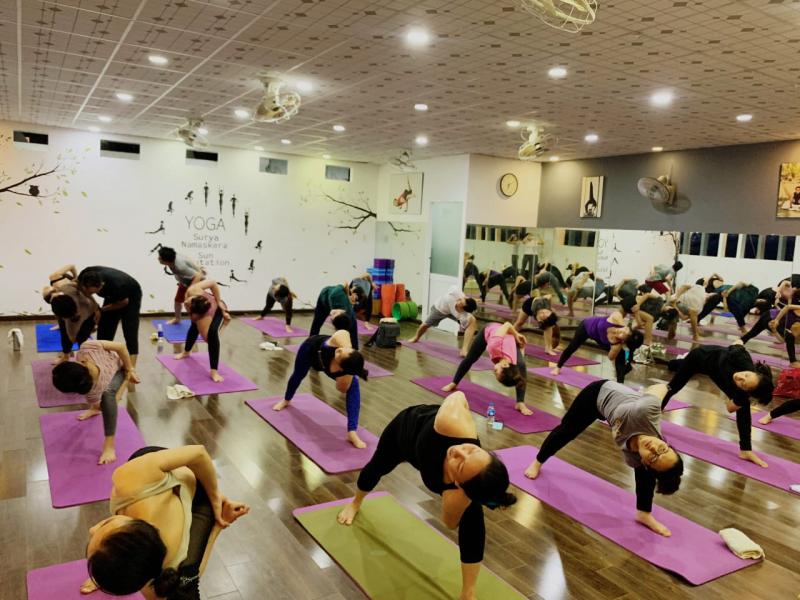 Phòng tập Shine Yoga