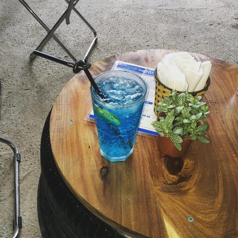 ZOU Flora & Tea