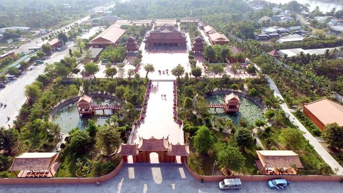 Thiền viện Trúc lâm Phương Nam - ngôi chùa tâm linh lớn nhất miền Tây