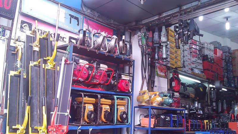 Cửa hàng dụng cụ cơ khí Điền Sáu