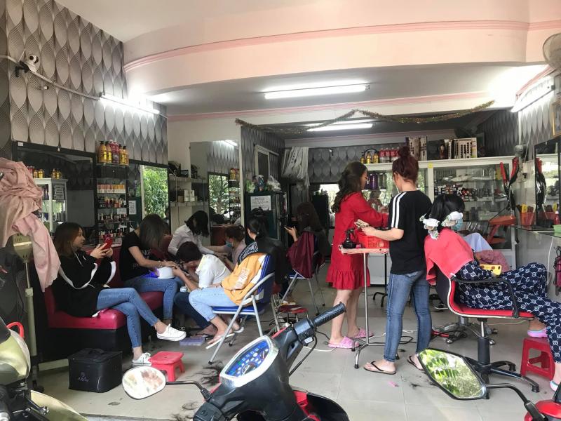 Salon Diễm Lam