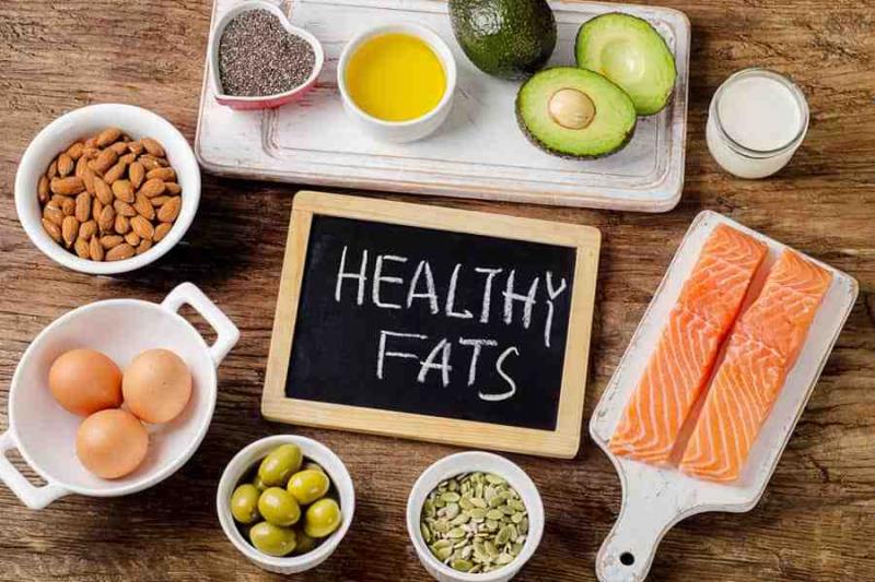 Ăn các thực phẩm chứa chất béo tốt