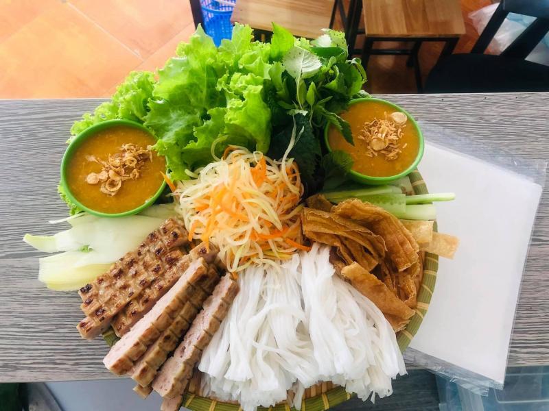 Hương Giang - Nem Nướng Nha Trang