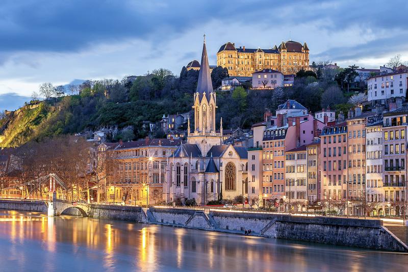 Lyon - Pháp