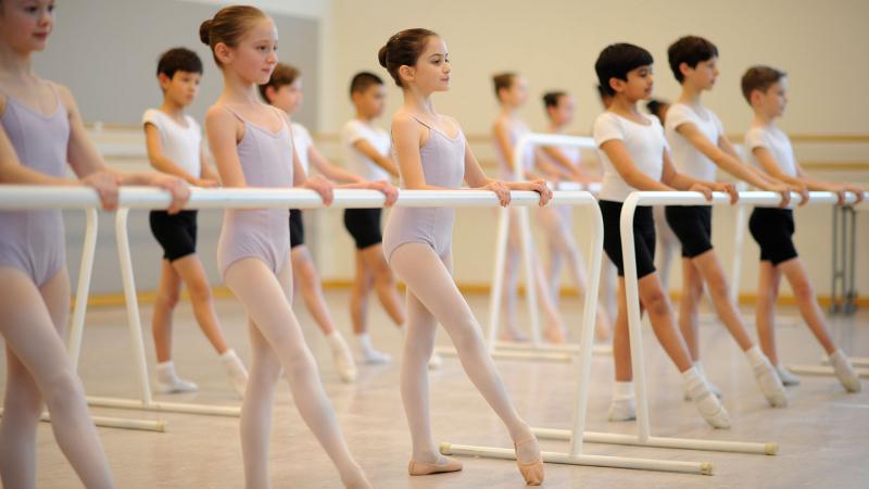 Nếu bạn muốn có một đôi chân mảnh mai, hãy sẵn sàng tập luyện chăm chỉ