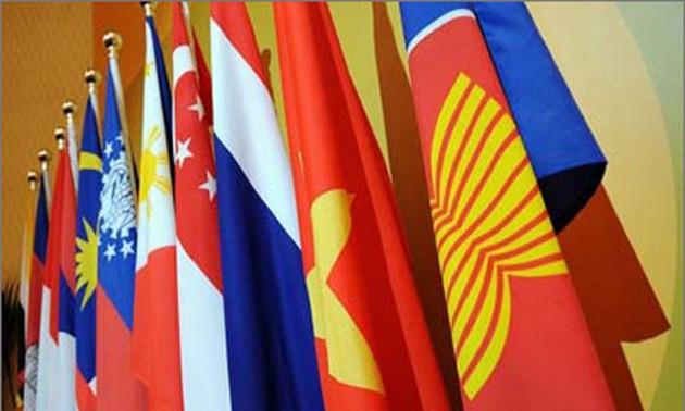Ngày Việt Nam gia nhập Asean (28/07/1995)