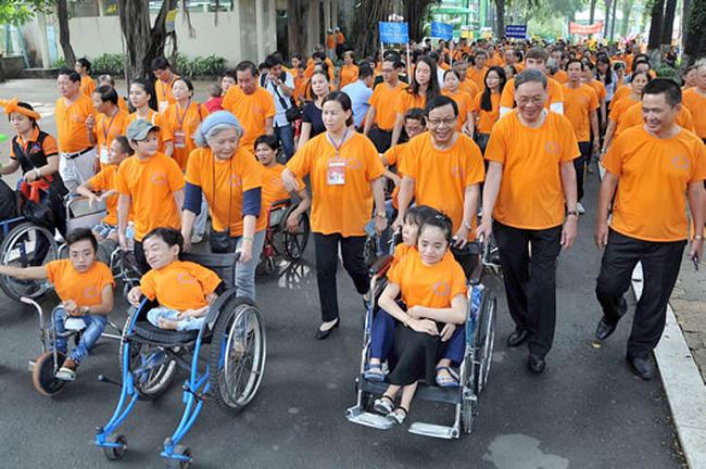 Ngày vì nạn nhân chất độc màu da cam Việt Nam (2004): 10/08