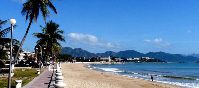 Nha Trang – Tháng 8: Mùa biển hẹn