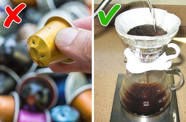 Sử dụng cốc cà phê dùng một lần