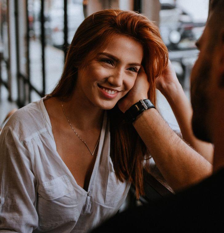 Tình yêu đích thực có nghĩa là đối phương  không cố gắng thay đổi con người của bạn và chấp nhận sự không hoàn hảo của bạn