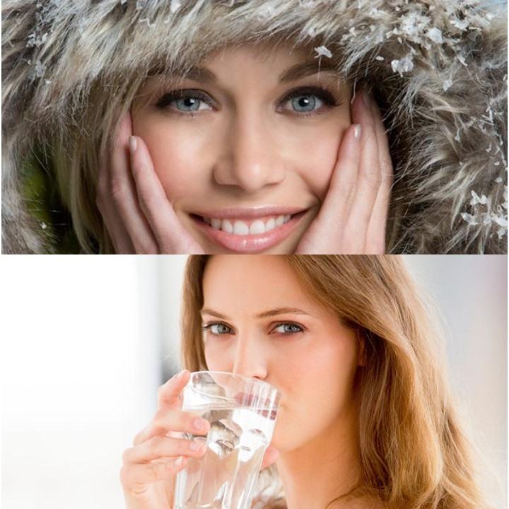 Uống nước ấm áp để giữ ẩm cho da