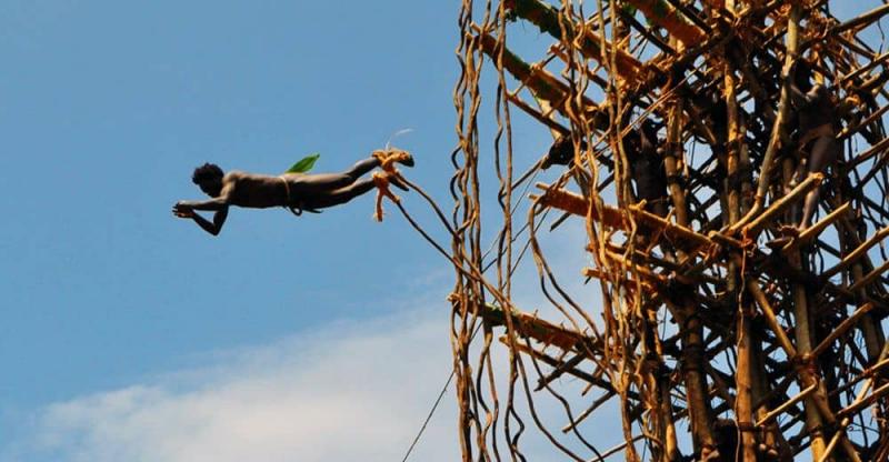 Vanuatu: nhảy bungee để cầu cho một vụ mùa bội thu