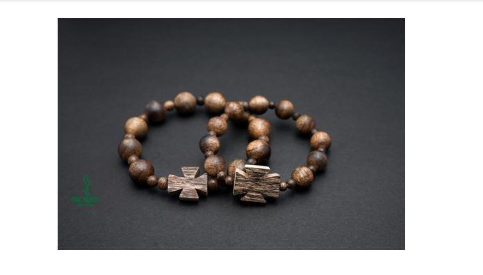 Vòng tay trầm hương tự nhiên Phúc Nguyên