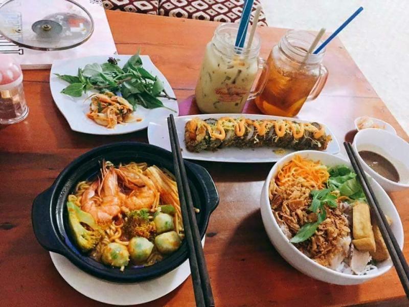Ăn vặt Huỳnh Thương