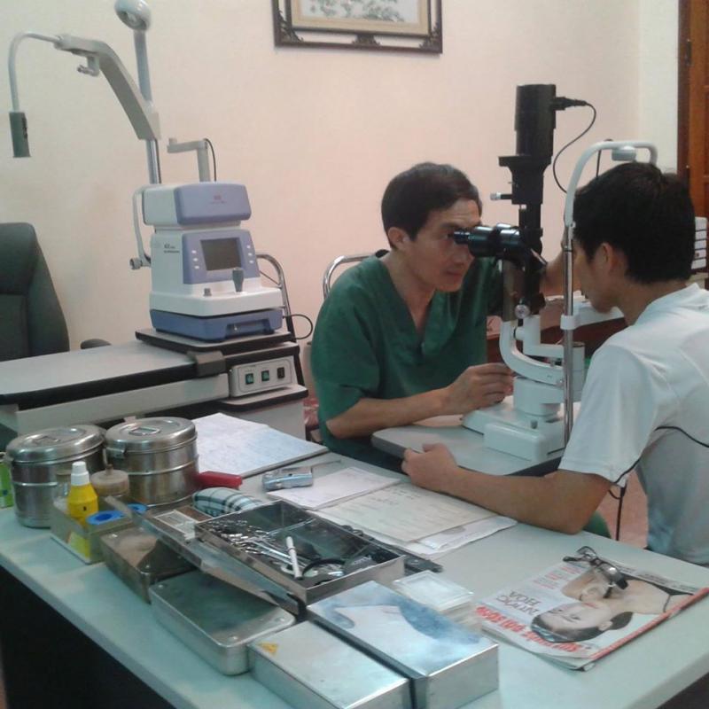 Bác Sĩ Lê Văn Thà -  Khám Chữa Bệnh Mắt & Kính Mắt