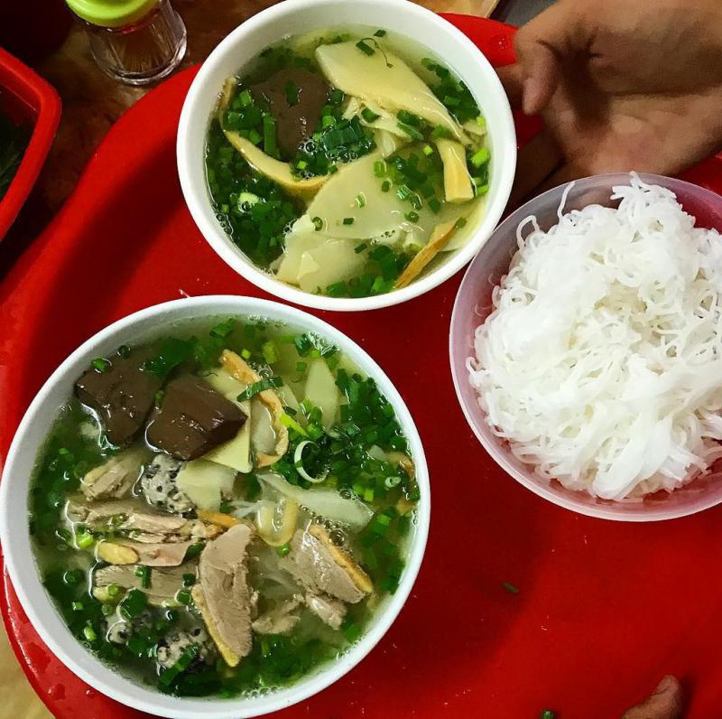 Bún Ngan & Cháo Gà - Chùa Hà