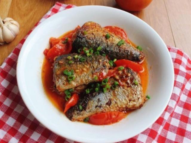 Cách làm cá nục chua ngọt