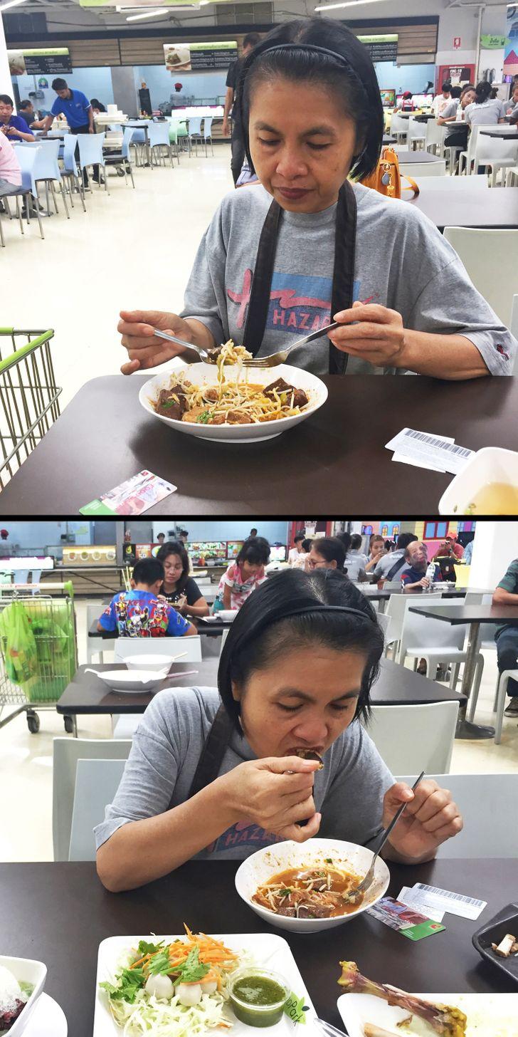 Không sử dụng dĩa ở Thái Lan