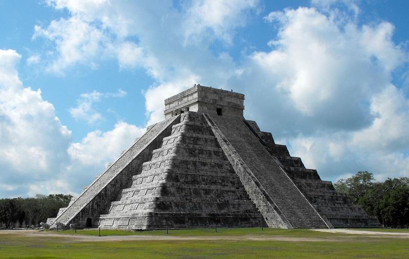 Kim tự tháp Ai Cập lớn nhất thế giới