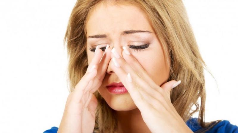Massage xoang mũi