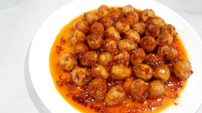 Trứng cút xốt chua cay