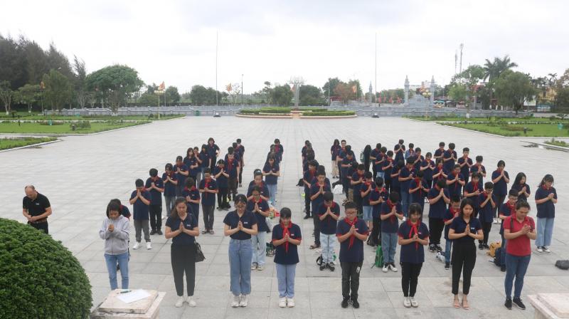 Trường THCS Đoàn Thị Điểm Hạ Long