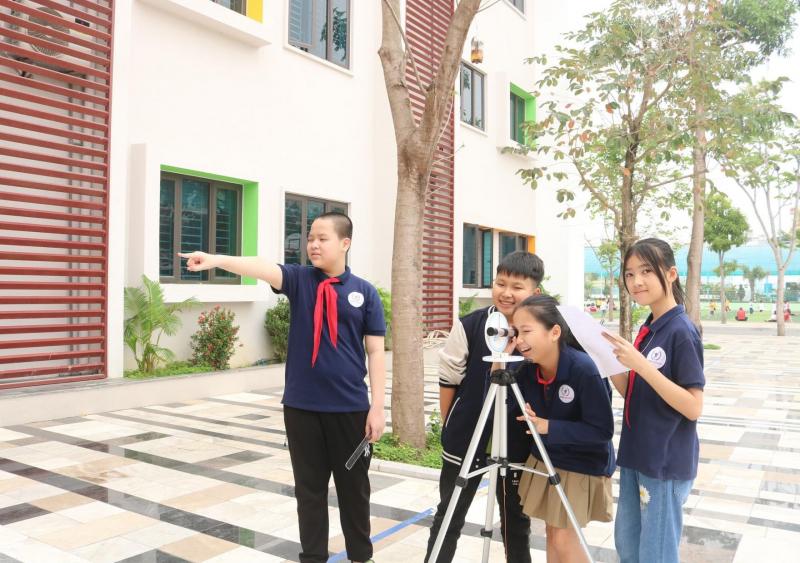 Trường THCS Nobel School